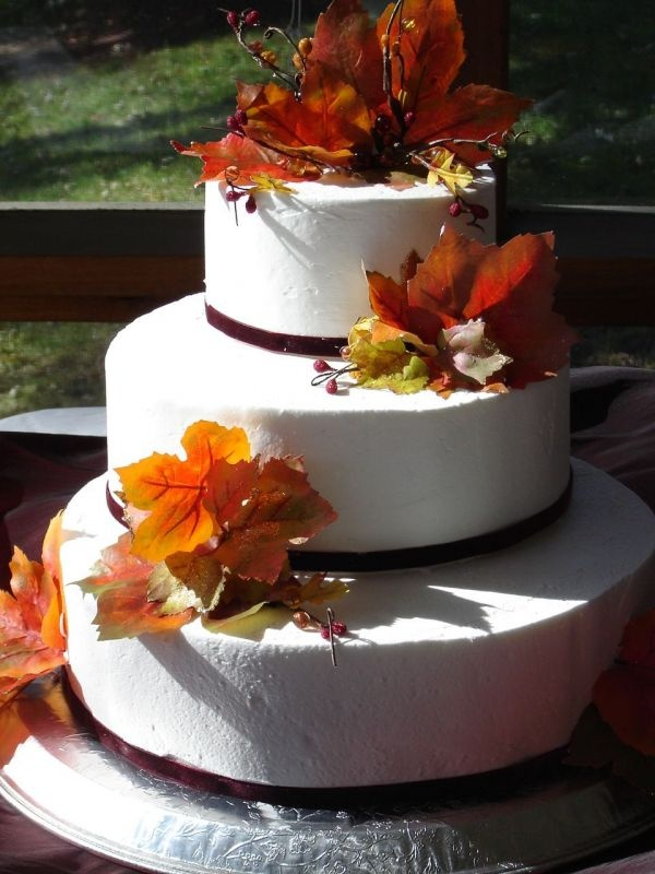 square wedding cakes with fall flowers 20 best images about autumn wedding cakes on 20419