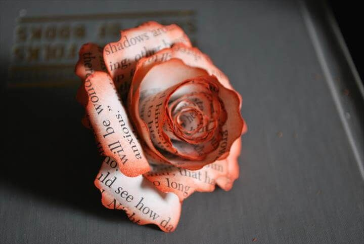 21 Easy Handmade Projects Made With Old Books Book Page Flowers