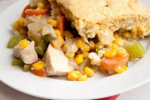 Creamy Chicken and Cornbread Casserole.Recipe Stash, Chicken Cornbread, Food, Casseroles Edible, Pot Pies, Favorite Recipe, Cornbread Casseroles, Dinner Tonight, Creamy Chicken