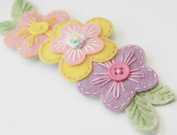 If i had a daughter, she would be craftastic - floral embroidered hair clip from sewsweetstitches