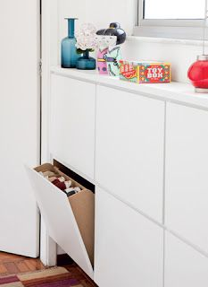 Sapateira na sala é muito prático (e pode ser bonito...)