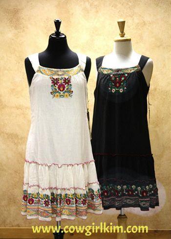 Brands :: Double D Ranch :: DOUBLE D RANCH SUMMER 2014 APARICIO DRESS! - Native American Jewelry|Ladies Western Wear|Double D Ranch|Ladies U...http://www.cowgirlkim.com/cowgirl-brands/double-d-ranch/double-d-ranch-summer-2014-aparicio-dress.html