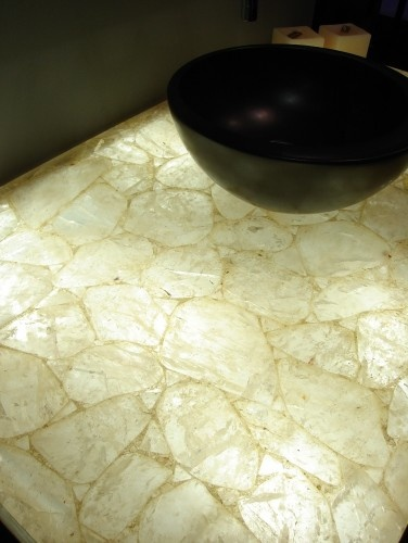 Quarz Gemstone Surface   Backlit