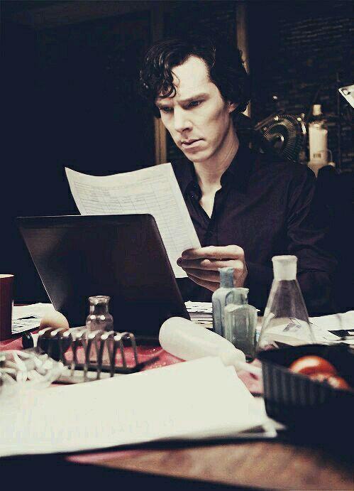 #wattpad #de-todo Sherlock es el tipo de persona que tiene una cuenta de wattpad en secreto... #125 en De Todo 13/11/2016 »Di no al plagio y a las drogas« ~~~~~~~~~~~~~~~~~~~~~~~ SPOILERS SPOILERS EVERYWHERE