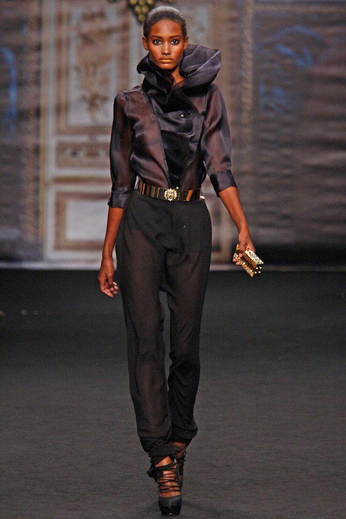 http://www.vogue.com/fashion-shows/spring-2011-ready-to-wear/francesco-scognamiglio/slideshow/collection