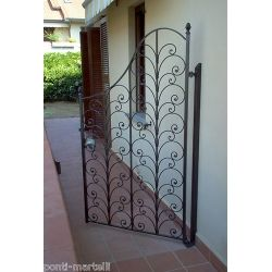 Wrought Iron Pedestrian Gate. Customize Realisations. 076