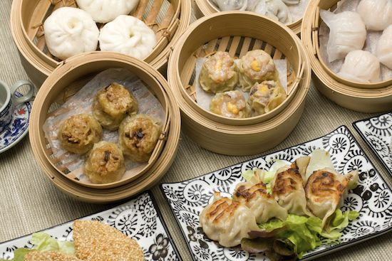 Parkland have created their own impressive style of Yum Cha, available both day and night. Parkland boasts a welcoming, family-style dining experience. Take pleasure in choosing from a range of Dim Sim dishes, as the carts loaded with small steamer baskets weave their way between diners. Highlighted by their impeccable service, Parkland boasts a welcoming, …