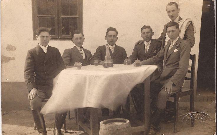 Kokas kocsma 1927