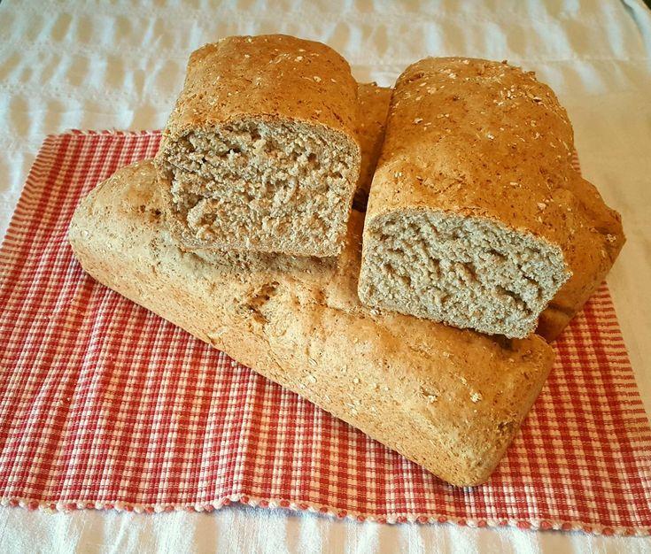 Min dyktige snille mormor blir 96 år i desember. Og tenk..hun baker sine egne brød f...
