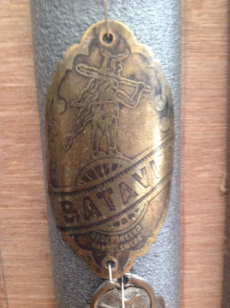 Old Batavus badge.