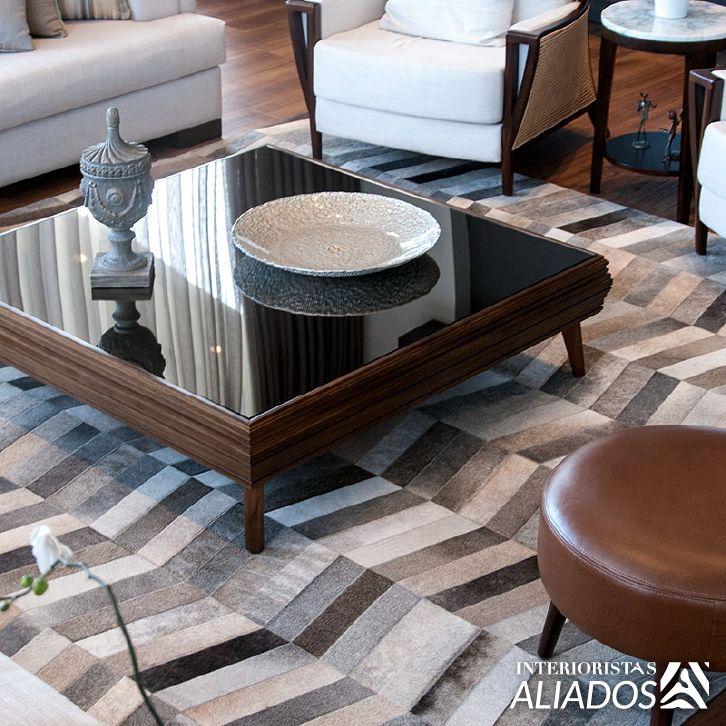Espacios African Leather Tapetes - Medellín.  Gracias a todos nuestros clientes por compartir sus diseños de tapetes con nosotros.