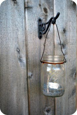 Chez Beeper Bebe: Tutorial: How to Make a Mason Jar Lantern