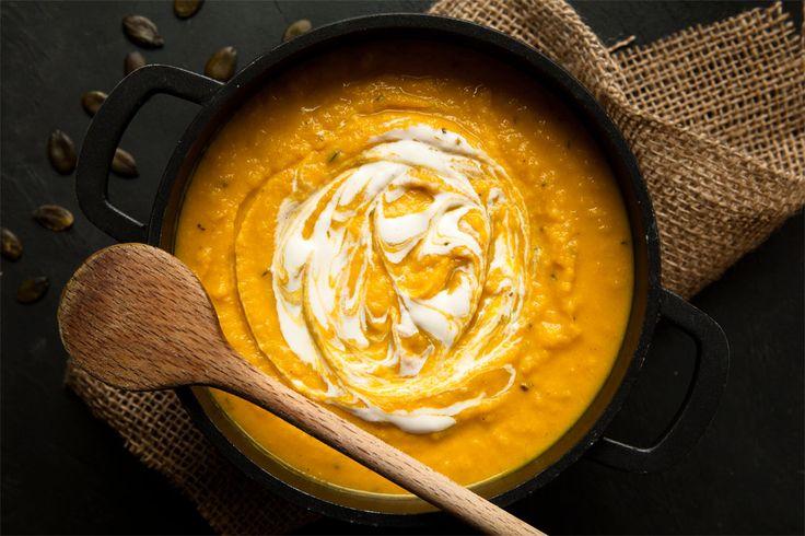 Steckrübeneintopf mal nicht ganz klassisch dafür low carb und vegan. Steckrüben curry mit Kokosmilch, Möhren und Pastinaken. Sehr lecker