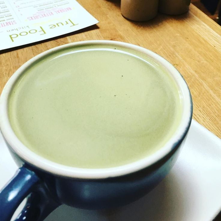 Monday zzz's got me dreaming of this matcha horchata   Matcha almond milk evaporated cane cinnamon clove & vanilla  So yummy and SO many health benefits. Definitely a must at TFK.  #matcha #horchata #eatclean #eatgreen #drinkclean #eattherainbow #eatlocal #dineoc #vegan #vegansofig #veganfoodshare #paleo #fruitsandveggies #latte #fitness #fitfood #ocvegan #feedfeed #cleaneating #cleaneats #truefood #foodporn #foodie #onecupofjo by one_cup_of_jo