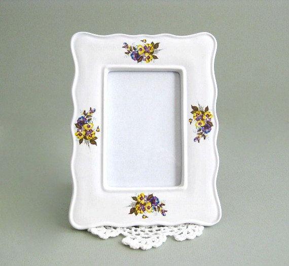 White Frame Picture Frame Photo Frame 5 x 7 Frame Glass Frame Flower Frame with Glass Floral Frame Small Frame Table Frame Ceramic Porcelain