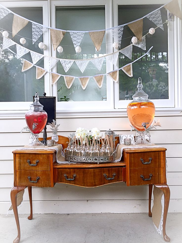 Vintage Queen Anne with our drinks dispensers