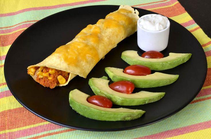 Aujourd'hui, je vous propose cette recette d'enchiladas végétariens. J'ai posté il y a quelques temps une version avec des restes de poulets, les fajitas aux restes de poulet. Comme la nutritionniste du site est végétarienne et que je suis flexi-végétarienne, j'ai profité de mon séjour chez elle au Québec pour lui faire goûter cette version. […]