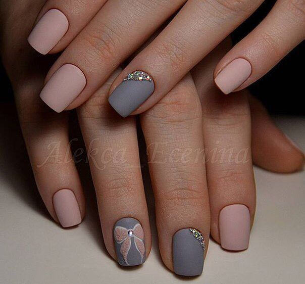 13 Nail Art Ideas For Teeny Tiny Fingertips Photos: Cute Matt Beige+grey