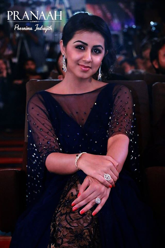 nikki galrani in midmight blue cape gown