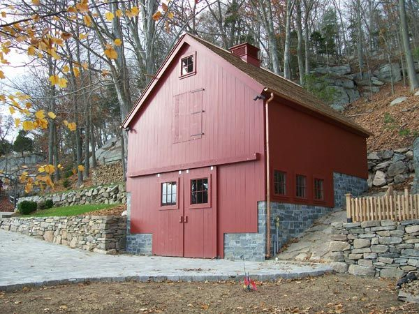 Colonial style post and beam barn kit barn building kits for Post and beam barn plans