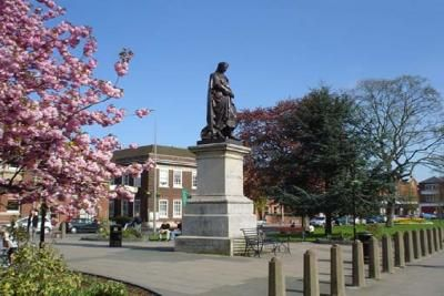 Grantham, Lincolnshire, UK. Lived here for 3 years. The statue is that of Sir Issac Newton who was from Grantham.