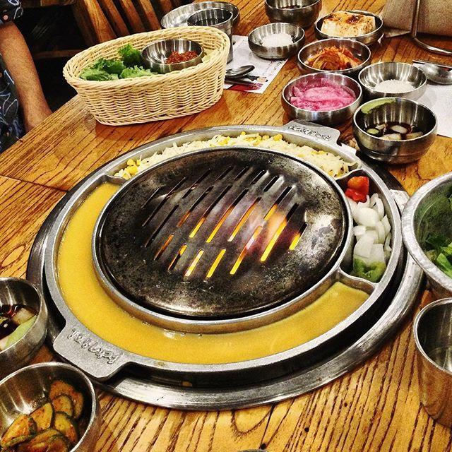 so ready for #koreanbbq #koreanfood #korean #bbq #grill #banchan #meat #ktown #midtown #nyc #nyceats #焼肉 #肉 #韓国料理 #豚肉 #牛肉 #焼き物 #いただきます #おいしい #うまい #ニューヨーク #맛있다 #맛있어 #바베큐 #고기 #돼지 #소고기