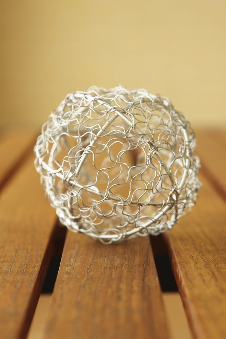 How To Make Chicken Wire Christmas Light Balls  Ehow Uk