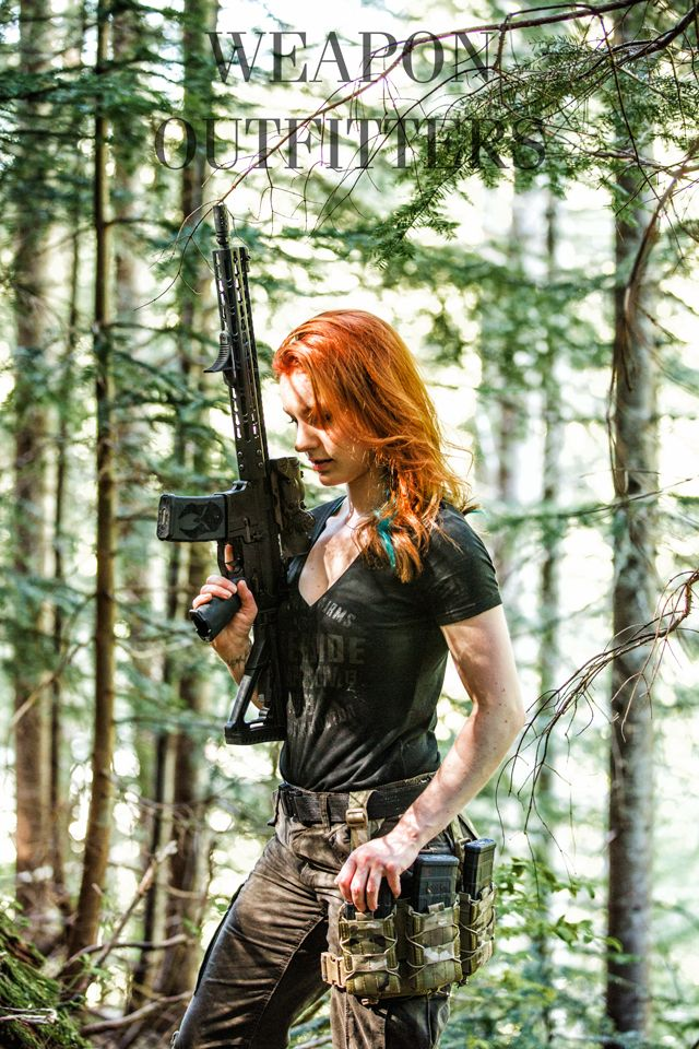 """Rose her personal rifle build, based on a Daniel Defense Lightweight profile, cold hammer forged, 4150 CMV barrel. Topped off with a @Battlecomp 1.5 to have a barrel longer than 16"""" and make it legal in all states where AR-15s are legalhttp://www.weaponoutfitters.com/battle-comp-1-5-black-oxide.htmlFDE anodized Elcan Spectre, 1-4X combat sight with amazing clarity, bullet drop compensator, illuminated reticle and 1.5/6MOA red ..."""
