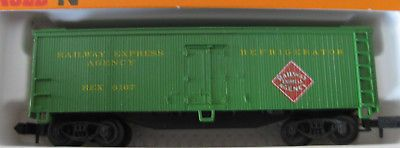 Arnold-N-Scale-Boxcar-Railway-Express-Agency-Refrigerator-5342
