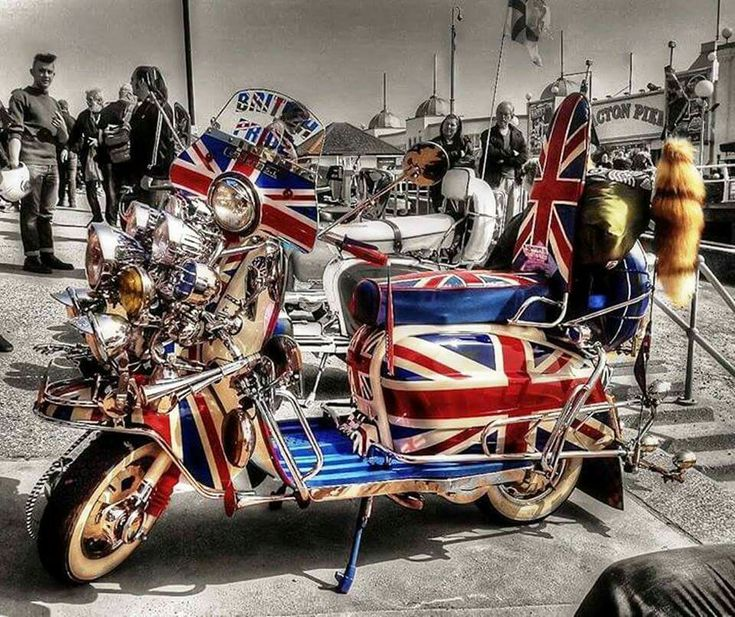 641 best images about mods and there lambretta on for Garage scooter nice