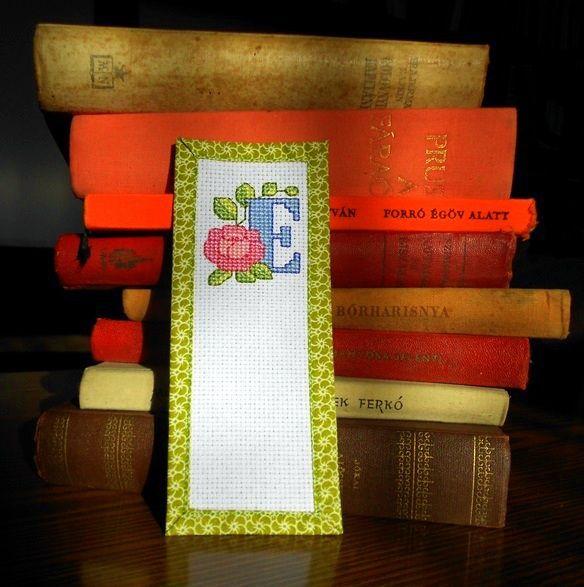 Hímzett könyvjelző - Embroidered bookmark