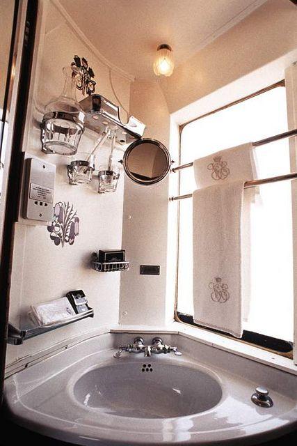 Venice-Simplon-Orient Express - washbasin | Flickr : partage de photos !