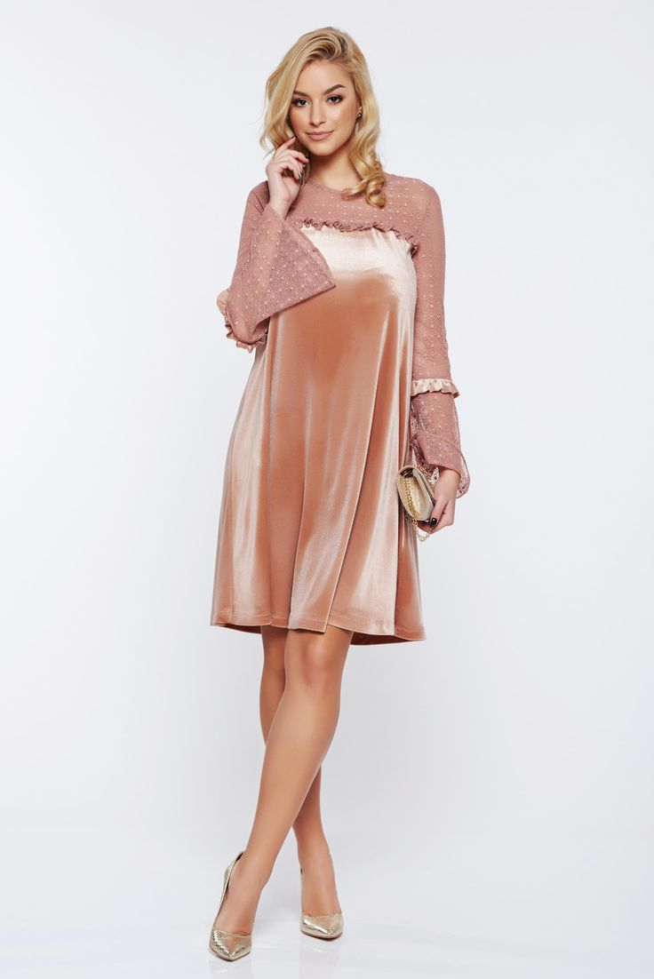 LaDonna cream occasional flared velvet dress with veil sleeves, velvet, easy cut, laced sleeves, large sleeves, long sleeves