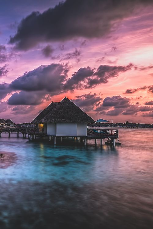 Good Bye Maldives, by WF, on 500px.(Trimming)