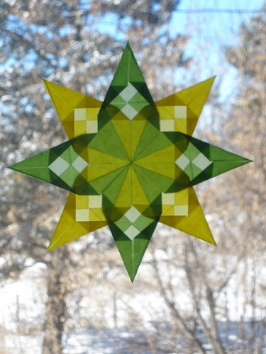Green and Yellow Spring Checkerboard Star by Pictures by Ann, via Flickr