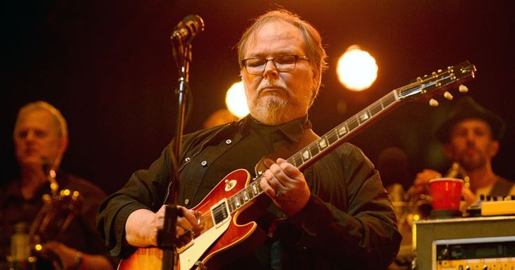 Walter Becker's Estate Responds to Donald Fagen's Steely Dan Lawsuit  http://www.rollingstone.com/music/news/walter-beckers-estate-responds-to-donald-fagen-lawsuit-w512628