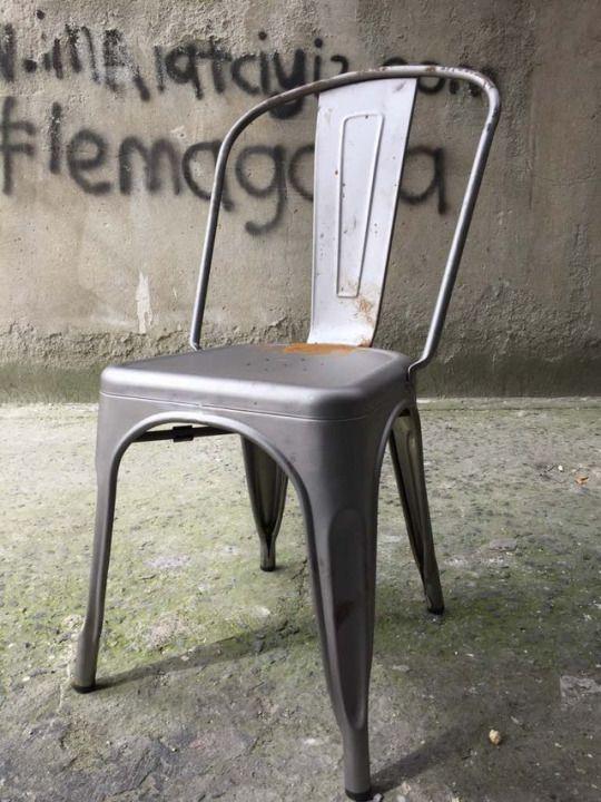 tolix sandalye