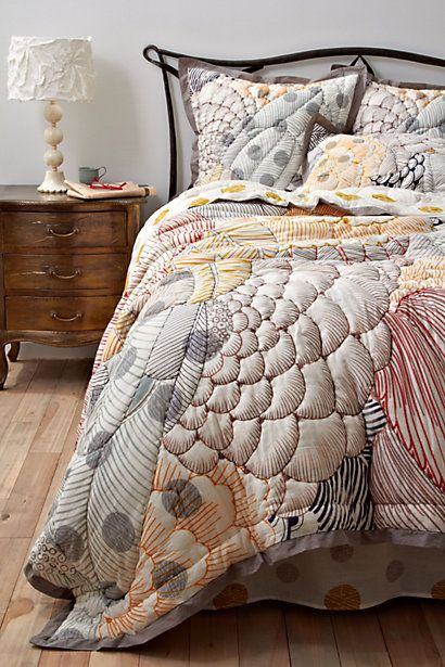 FINALLY bought new bedding, wasn't what I had in mind, but it works with my apartment perfectly. :): Arrosa Quilt, Dream, Anthropologie Arrosa, Quilts, Arrosa Bedding, Master Bedroom, Bedroom Ideas