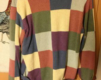 Häkeln Sie Pullover. Oma quadratische Pullover. Häkeln Sie Pullover.  Damen Winterpullover. Retro Frauen Pullover.  Grau schwarzer Pullover. Ein von einer Art.  https://www.etsy.com/shop/KrissWool?section_id=18868005&ref=hdr_shop_menu  ▉ ▉SHIPPING ES WIRD AUSGELIEFERT MIT KURIER - DREI LIEFERUNG ARBEITSTAGE AUS ITALIEN - BITTE HINTERLASSEN Sie BEI BESTELLUNG IHRE TELEFONNUMMER FÜR die LIEFERUNG UND KORREKTE ADRESSE NICHT P.O.Box Convo mich vor dem Kauf, wenn Ihr Land nicht, für den Versand…