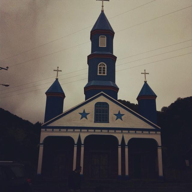 Iglesia Tenaun, chiloe, chile