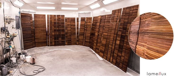 LAMELLUX Empreinte Draped - Mélèze fumé  #lamellux #empreinte #draped #melezefume #smokedlarch #luxe #madeinfrance #ebenisterie #architecture #architecturedinterieur #agencement #craftmanship #luxury #design #interior #interiordesign #woodwork #bespoke