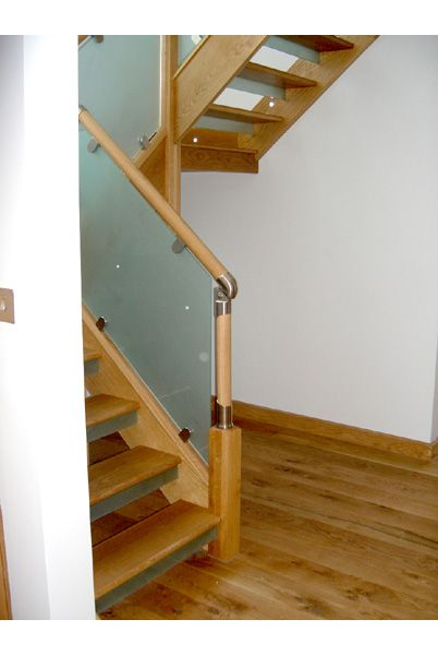 Sydney Cottage – Oak, Fusion and Glass Staircase