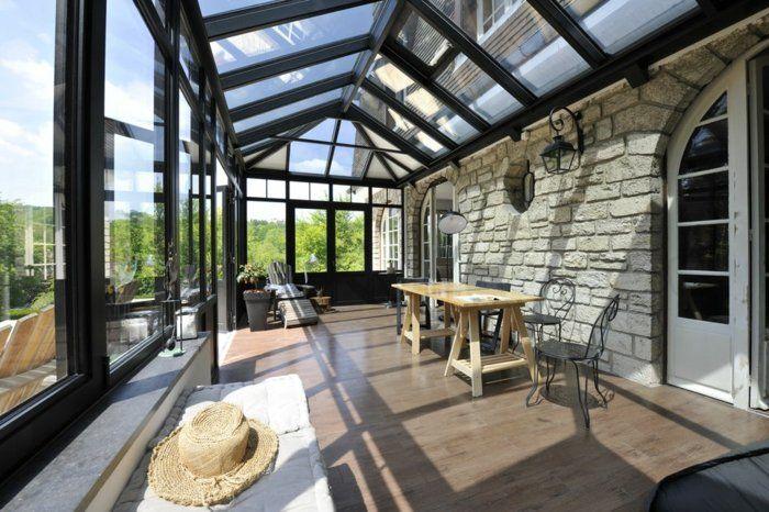 veranda alu verand'art, aménagée en espace de travail couleur noir, lignes…