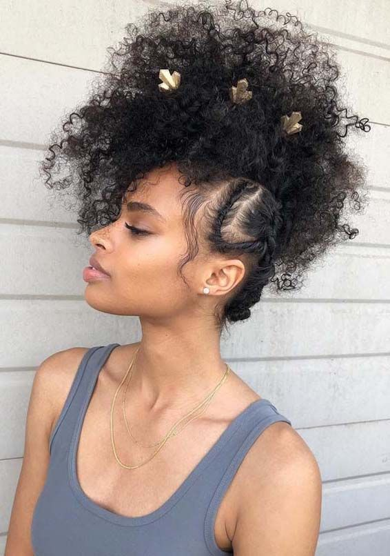 31 Alluring Natural Curls For Ladies In 2019 Curly Hair Styles