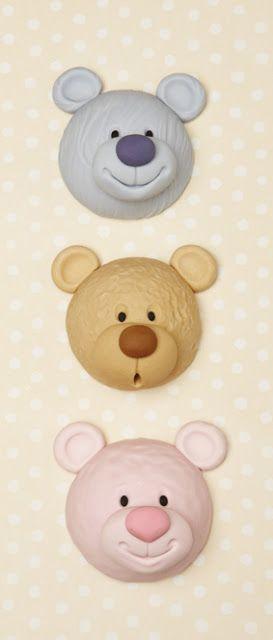 http://letortecreativediclaudia.blogspot.it/search/label/a scuola di cake decorating