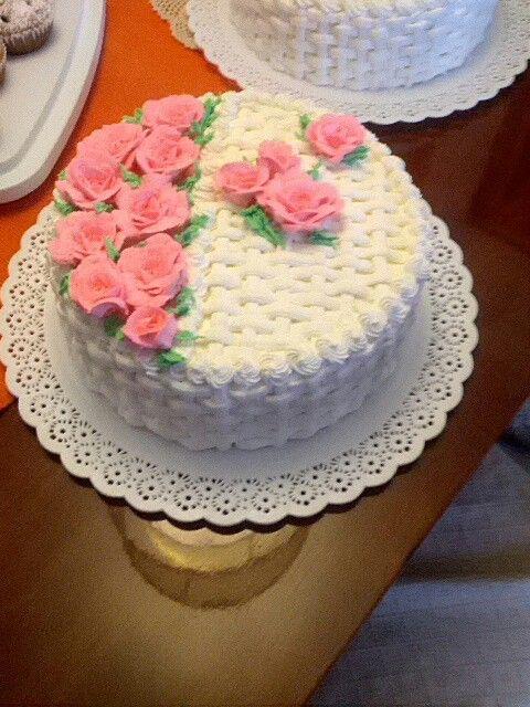 Torta rosas crema rosada.   Tortas de Roberto en 2019 ...