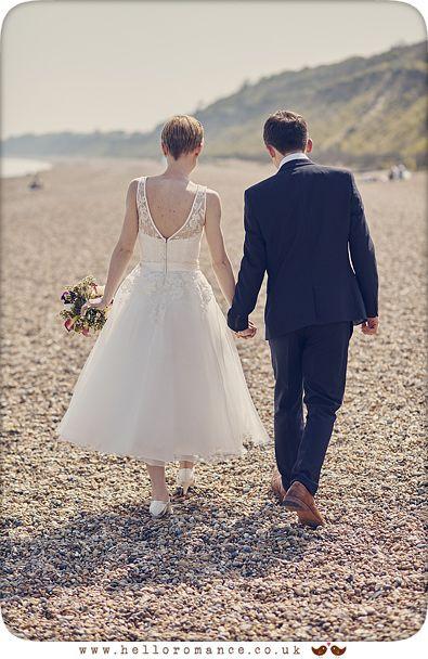 Dunwich, Suffolk beach wedding photo shoot - www.helloromance.co.uk