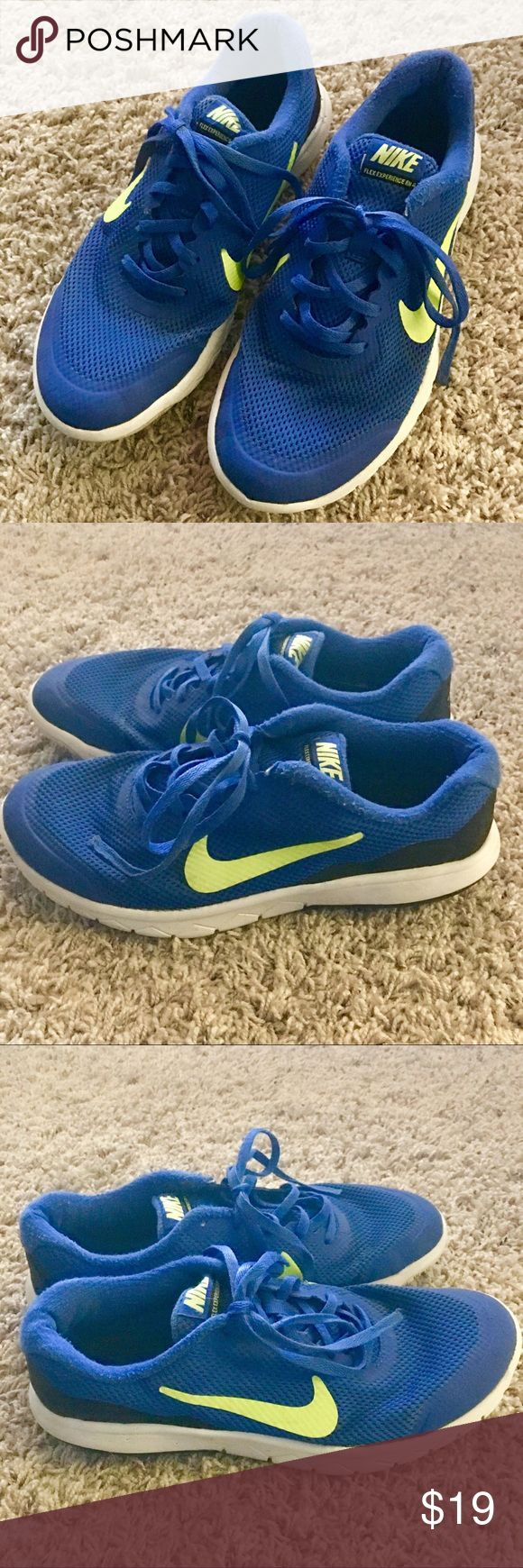 Boys NIKE Flex Experience Tennis Shoes Nike Flex Experience Good used condition Youth SZ 6 Blue/Neon green Nike Shoes Sneakers