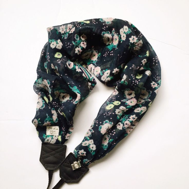 Secret Garden Handmade camera strap DSLR professional photographer photography tips floral scarf leather