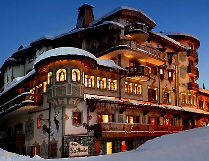 Courchevel Palace Hotel In The French Alps